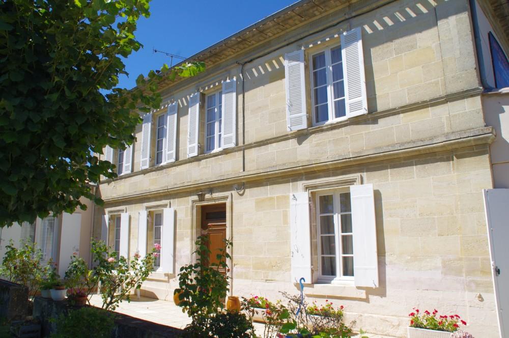 (Français) Château Des Places 1