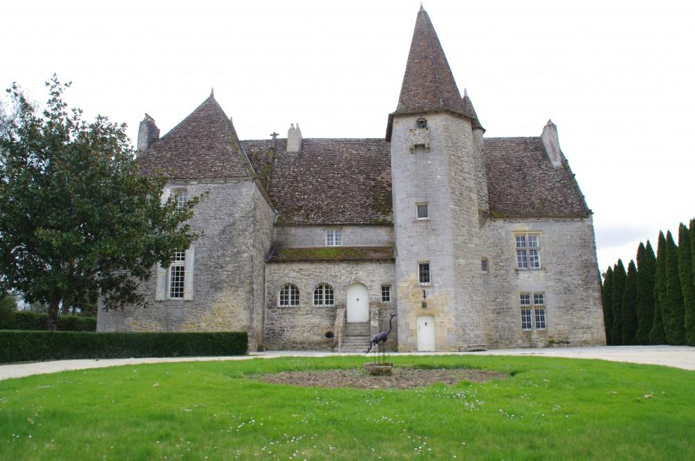 (Français) Château De Lugagnac 1